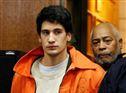 Renato Seabra entrou em tribunal com a mesma farda da audiência anterior