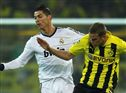 Cristiano Ronaldo entre Bender e Reus (direita)