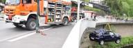 Auto stürzt in Essen von Brücke: 19 Polizisten retten Fahrer