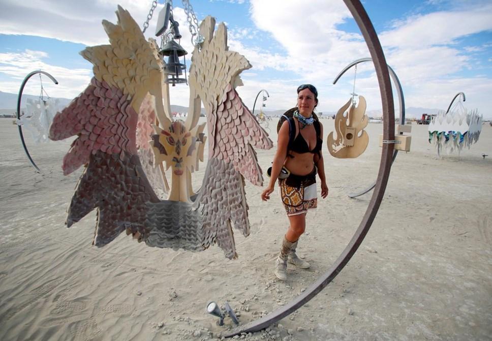 Música e arte no deserto do Nevada