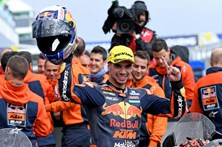 Miguel Oliveira soma terceira vitória consecutiva no Mundial de Moto2