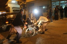 Sobe para 61 o número de mortos no Irão devido a sismo