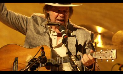 neil-young-heart-of-gold-film-still