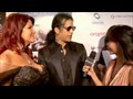 Slash talks to Sulinh LaFontaine at Leeza Gibbons' Oscar party video